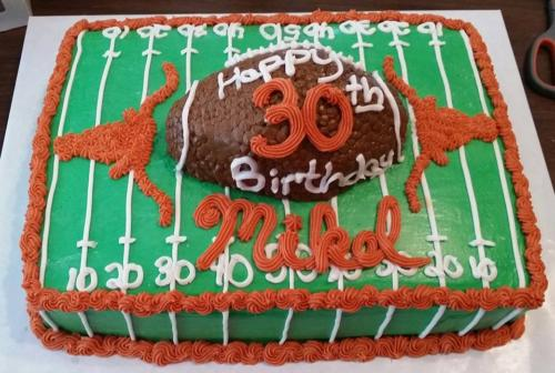 longhorns football cake